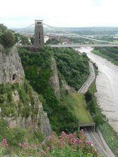 Clifton Bridge and Giants Cave Attraction