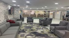 Lobby of the Holiday Inn North Shore