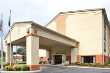 Welcome to the Holiday Inn Express Hotel Covington VA!