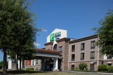 Welcome to the Holiday Inn Express Knoville Farragut!