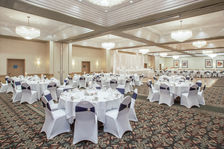Crowne Plaza Grand Rapids Ballroom-Head Table