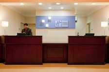 LAX Holiday Inn Express & Suites Front Desk