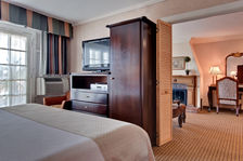 Holiday Inn Laguna Beach Hotel - King Suite