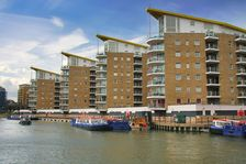 Limehoue Docklands Light Rail Station (DLR) 3 minutes from hotel