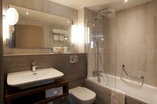 salle de bain chambre standard récemment rénovée