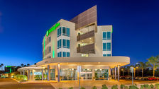 Welcome Home! Holiday Inn San Diego Bayside.