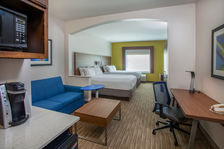 2 Room Queen Suite