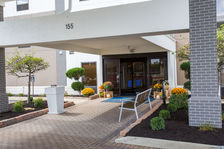 Welcome to the Holiday Inn Express & Suites-Wilmington