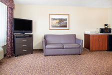 Wenatchee Hotel- Wheelchair Accessible Bathroom