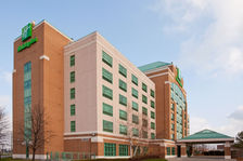 Holiday Inn & Suites Oakville @ Bronte